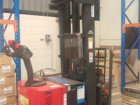 Forklift / Walkie Stacker Raymond