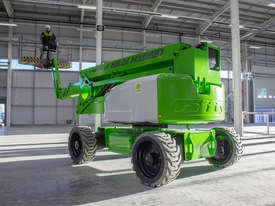 HR28 Hybrid 4�4 28m Self Propelled - picture5' - Click to enlarge
