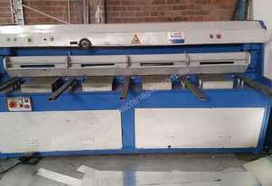 Guillotine 2500x4mm - USED