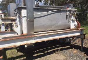 Stainless steel internals 2000 L ribbon mixer and holding bin