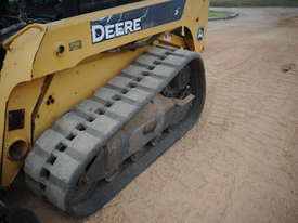 Skid Steer - John Deere CT 322 - picture10' - Click to enlarge