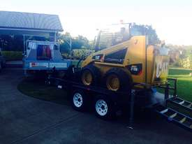 CATERPILLAR 216B3 CI SKID STEER - w Spreada Bar & 3.5T Custom Built Plant Trailer *Near New Setup* - picture2' - Click to enlarge