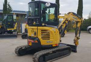 YANMAR VIO35-6B 3.6T EXCAVATOR WITH FULL A/C CABIN, HITCH AND 5 ATTACHMENTS