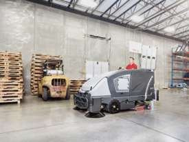Nilfisk CS7010 Combination LPG Scrubber Dryer Sweeper  - picture0' - Click to enlarge