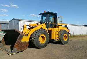 1993 CATERPILLAR 966F Wheel Loader (price negotiable)