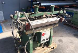 25 Spindle Line Borer. Vertical and horizontal
