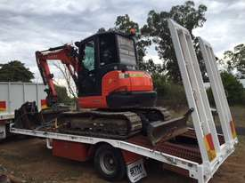 Kubota KX57 2016 excavator with 800 hours,air cabin, steel  tracks rubber pads, buckets and grab - picture0' - Click to enlarge