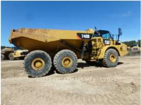 CATERPILLAR 740B Articulated Trucks - picture2' - Click to enlarge