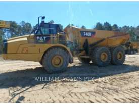CATERPILLAR 740B Articulated Trucks - picture4' - Click to enlarge