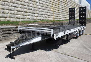 ELITE Tri Axle 28 Ton Tag Trailer Custom BLK ATTTAG
