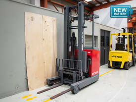 1.4T Battery Electric Stand Up Reach Truck - picture1' - Click to enlarge
