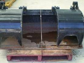 Norm Engineering Grapple Bucket - picture3' - Click to enlarge