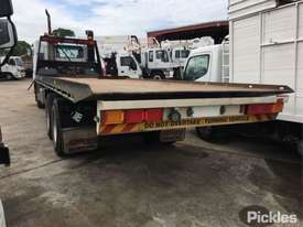 2002 Mitsubishi FV 500 - picture4' - Click to enlarge