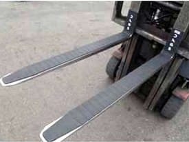 Magnetic Rubber Fork Covers 150mm x 1651mm-2150mm - picture0' - Click to enlarge