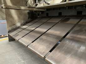 Just Traded - IMAL 3050mm x 6.5mm Variable Rake Hydraulic Guillotine with Rear Sheet Supports  - picture3' - Click to enlarge