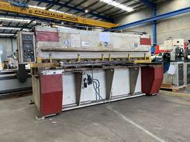 Just Traded - IMAL 3050mm x 6.5mm Variable Rake Hydraulic Guillotine with Rear Sheet Supports  - picture0' - Click to enlarge