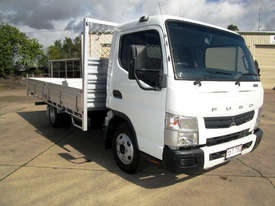 Mitsubishi Canter 615 Tray Truck - picture0' - Click to enlarge