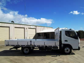 Mitsubishi Canter 615 Tray Truck - picture2' - Click to enlarge