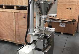 Second-hand 4 side seal sachet filler with powder auger filler for sale!