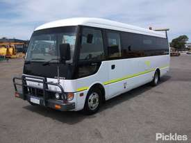 2011 Mitsubishi Rosa BE600 Deluxe - picture2' - Click to enlarge