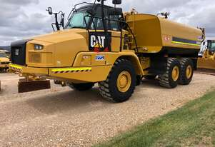 2018 Caterpillar 730C2 Water Cart