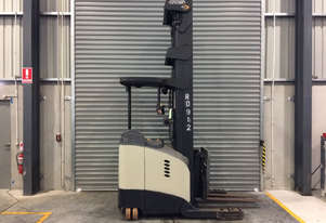 Crown RD5700 Reach Forklift Forklift