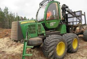 Forwarder JD 1510E 8 wheel drive