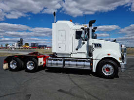 Mack TRIDENT Primemover Truck - picture1' - Click to enlarge