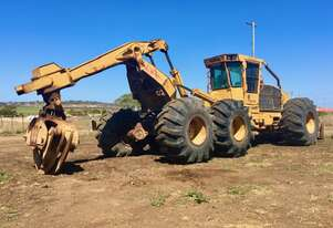 Tigercat   635 log skidder