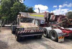 Franna 4WD 10 Pick and Carry Crane