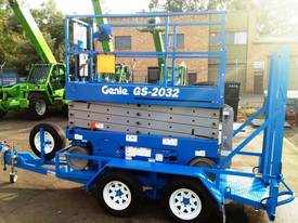 Genie GS2032 Electric Scissor Lift and Trailer - picture1' - Click to enlarge