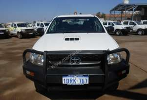 2011 4WD Dual Cab Tray Back Toyota Hilux