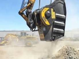 MB CRUSHER BUCKET - BF150.10 - picture0' - Click to enlarge