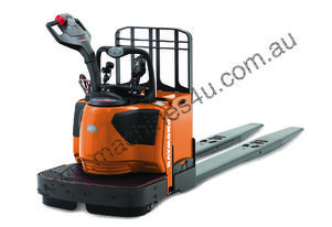 Raymond 8410 Series Pallet Trucks