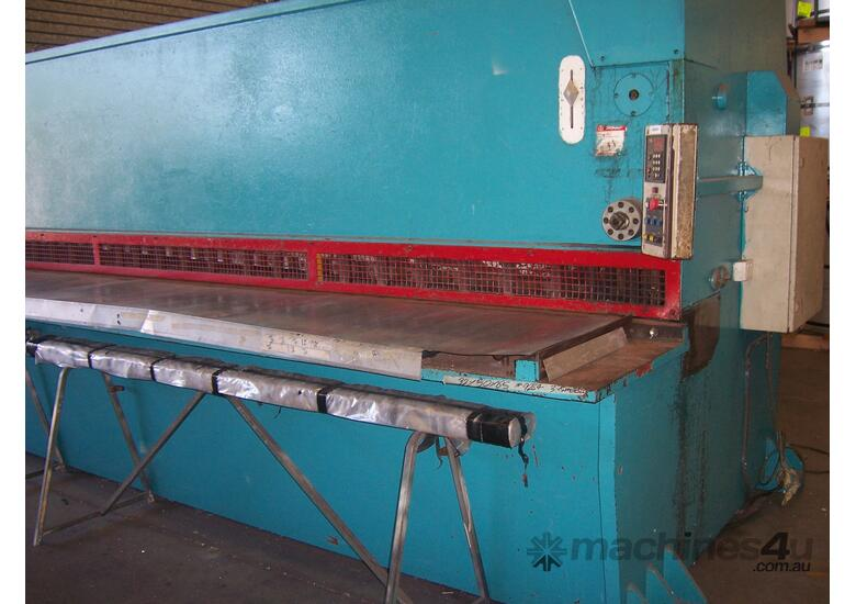 Imperial - Hydraulic Guillotine - 6m x 6m