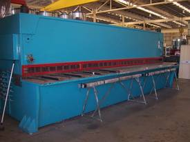 Imperial - Hydraulic Guillotine - 6m x 6m - picture2' - Click to enlarge