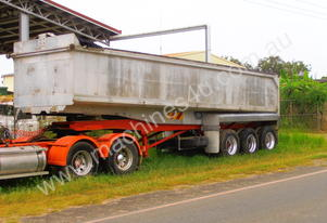 1998 BORCAT TRIAXLE CHASSIS TIPPER TRAILER