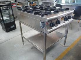 BARON COMMERCIAL 4 BURNER NATURAL GAS COOK TOP - picture1' - Click to enlarge