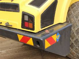 BOMAG BW219D-4 VIBRATING SMOOTH ROLLER - picture5' - Click to enlarge
