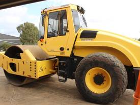 BOMAG BW219D-4 VIBRATING SMOOTH ROLLER - picture6' - Click to enlarge