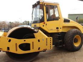 BOMAG BW219D-4 VIBRATING SMOOTH ROLLER - picture7' - Click to enlarge