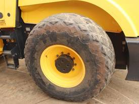 BOMAG BW219D-4 VIBRATING SMOOTH ROLLER - picture9' - Click to enlarge