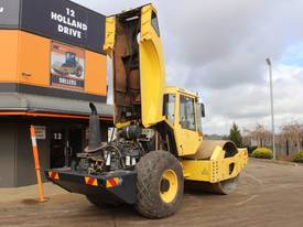 BOMAG BW219D-4 VIBRATING SMOOTH ROLLER - picture11' - Click to enlarge