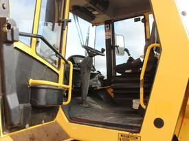 BOMAG BW219D-4 VIBRATING SMOOTH ROLLER - picture15' - Click to enlarge
