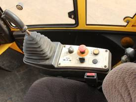 BOMAG BW219D-4 VIBRATING SMOOTH ROLLER - picture18' - Click to enlarge