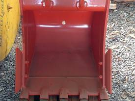 JAWS 600mm Bucket - Brand New - picture1' - Click to enlarge