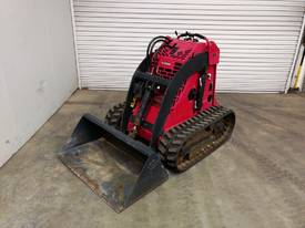 DINGO K9-3-V-T HIGH PERFORMING MINI LOADER SN -053