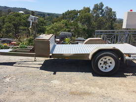 FLAT BED MULTI USE TRAILER