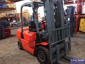 Used 2.5T EP Forklift - picture3' - Click to enlarge