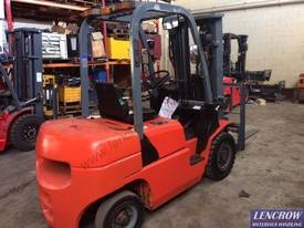 Used 2.5T EP Forklift - picture4' - Click to enlarge